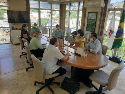 Equipe do Hospital Albert Einstein reuniu-se com prefeito e vice-prefeito no gabinete da Prefeitura