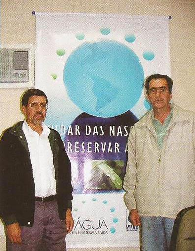 Dartson da Piedade Fonseca e Gilmar Bretas, os líderes executores do projeto, que venceu prêmios e foi apontado como solução da falta de água