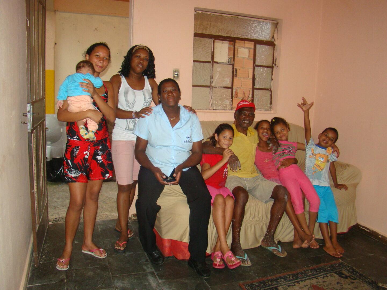 Descendentes do são-sebastianense Raimundo Garangui: esses transferiram a quilombola para o distrito General Carneiro, Sabará, com a neta Alaíde líder do grupo