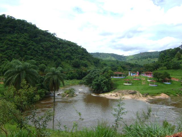 Sete Maravilhas de São Sebastião do Rio Preto: Quiosques Prainha do Retiro