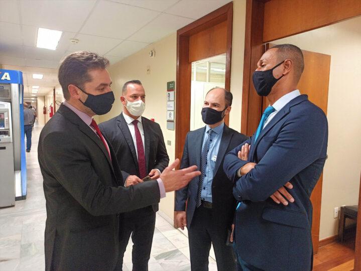 Deputado Bernardo Mucida recebe em seu gabinete os vereadores de Itabira Júber Madeira, Bernardo Rosa e Carlos Henrique de Oliveira