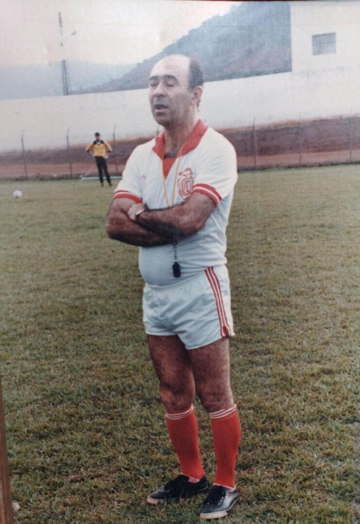Treinador do Valério, Ilton Chaves, no seu primeiro treino no Estádio Israel Pinheiro