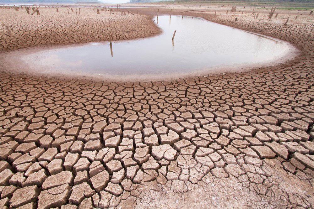 Cerca de 130 países podem enfrentar um risco maior de seca neste século, segundo a projeção de emissões altas citada pela ONU (Imagem: Agência Brasil).