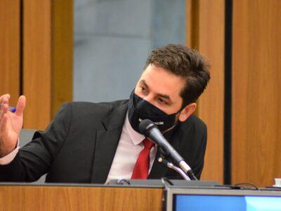 Deputado estadual Bernardo Mucida defende isenção de taxas para setores mais impactados da economia brasileira pela Covid-19, desde março de 2020
