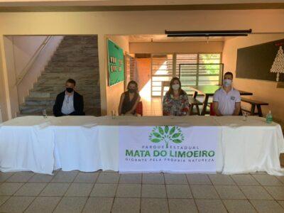 Participantes do encontro na Mata do Limoeiro: Denes Lott, Raquell Guimarães, Adriana Faria e Alex Amaral, sentido horário (Foto: Coord. Com. Social - PMI)