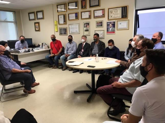 Deputado Estadual Gustavo Santana recebeu políticos e personalidades de Alvinópolis em seu gabinete (Foto: Jornal Bom Dia/João Monlevade)