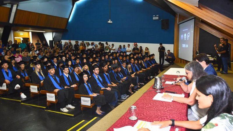 Cerimônia de formatura na Unicamp, a segunda universidade brasileira mais bem colocada no ranking britânico (Foto: Antonio Scarpinetti/Sec Unicamp)