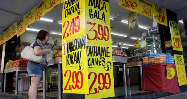 Para 2022, foi mantida a projeção de IPCA, que no momento mede a inflação oficial do Brasil em 3,6% (Imagem: Reuters/Ricardo Moraes)
